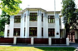 Villa Meri peamaja